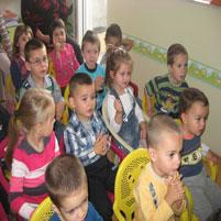 занимания на децата в частна детска градина София 'Чудната къщичка'